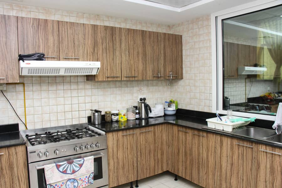 24 Spacious & Beautiful 3 Bed Penthouse on High Floor with Burj Khalifa View
