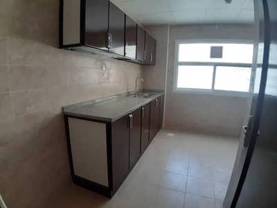 فلیٹ 3 غرف نوم للايجار في القاسمية، الشارقة - عرض رائع + شهر مجاني + 3 غرف نوم + غرفة خادمة + 3 شرفات + 38 ألف فقط