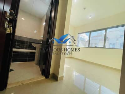 شقة 2 غرفة نوم للايجار في المرور، أبوظبي - 13-Months Brand New 2BHK W/ Balcony