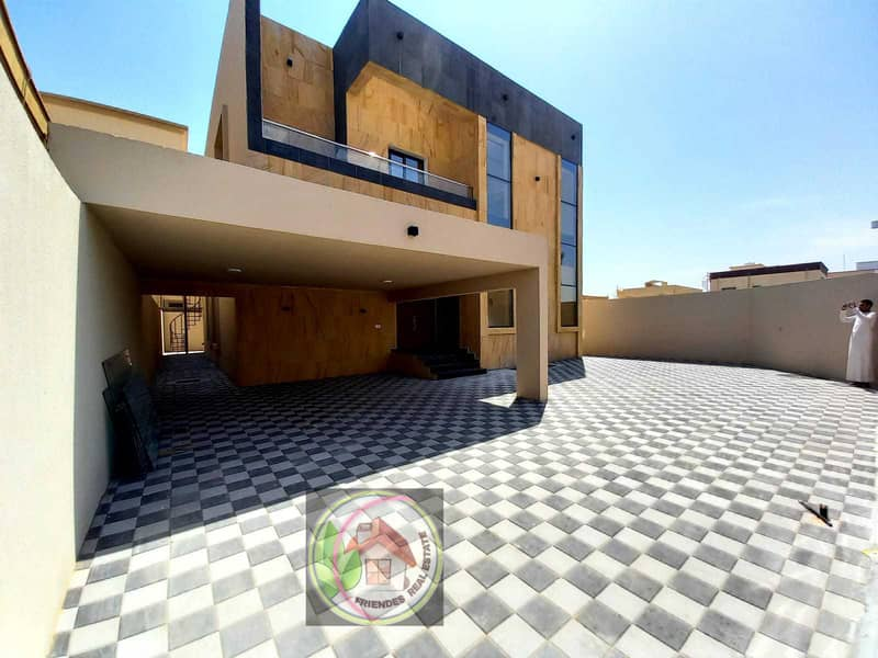 New modern villa for sale directly from the owner, freehold on a corner