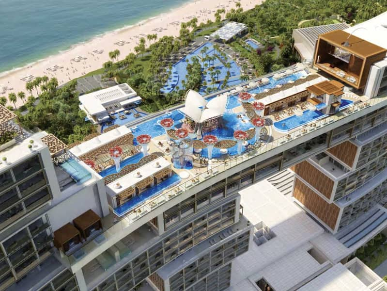 22 Magnificent Triplex Penthouse on Palm Jumeirah