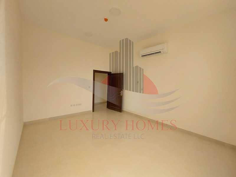 2 Ultimate Residence Very Close To Schools & Clinic