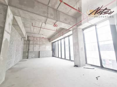 محل تجاري  للايجار في جزيرة بلوواترز، دبي - Endless Business Potential I Shell & Core I Shisha Permit Accepted