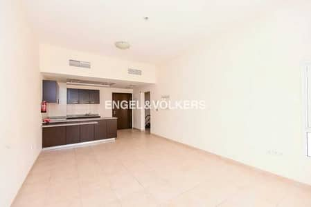 1 Bedroom Apartment for Sale in Remraam, Dubai - Investment Deal | High ROI | Well Maintained