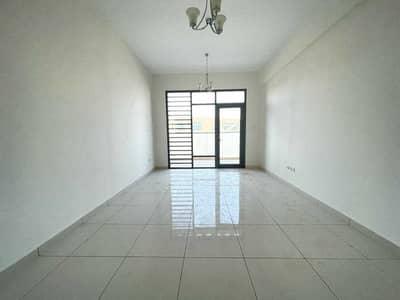 شقة 2 غرفة نوم للايجار في الجرينة، الشارقة - شقق فاخرة للبيع في المدينة خالية من البوابات لمدة شهر واحد