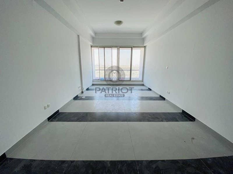 Huge Studio_Next to Souq Extra_Road View_Higher Floor