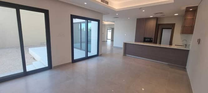 5 Bedroom Villa for Sale in Sharjah Sustainable City, Sharjah - Brand new Luxury smart 5BR villa in Sharjah with all facilities price 2.65M