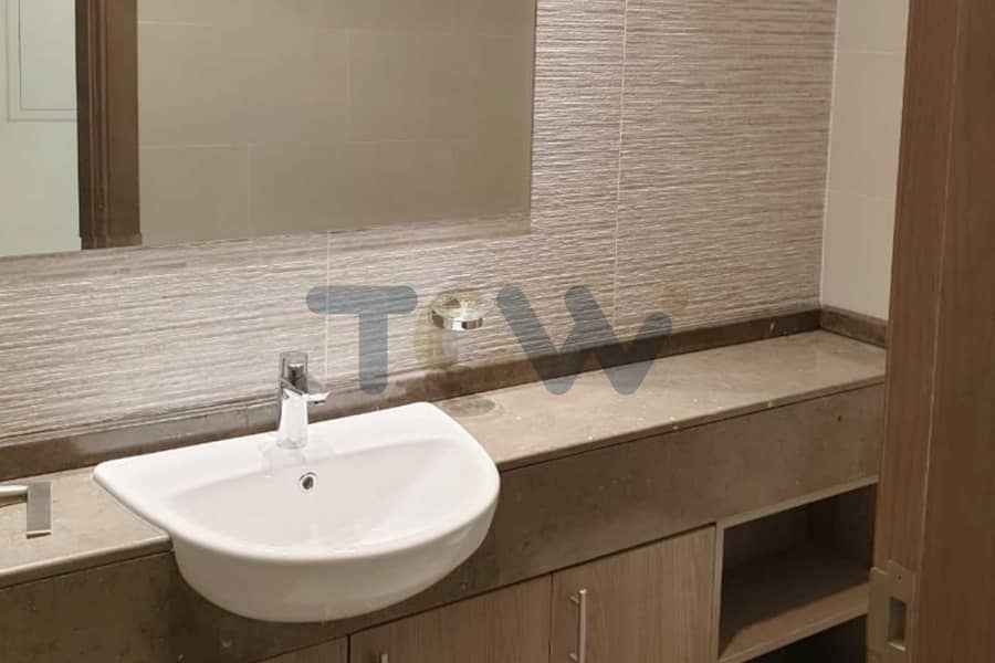 18 With Rent Refundable I Excellent Location I Huge Balcony