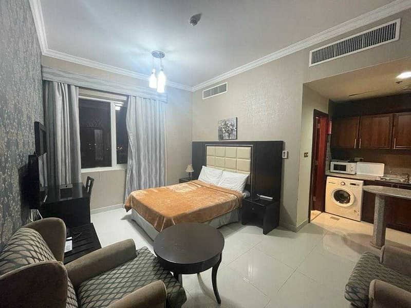''fully furnished apartment with kitchen appliences hot offer 3500''