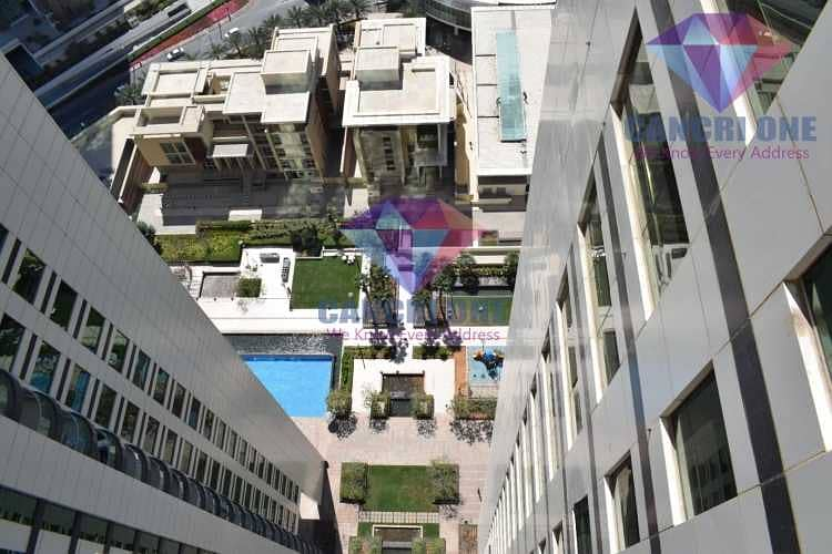 Live in best community of isle High floor great view