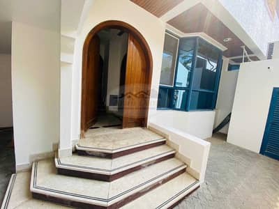 5 Bedroom Villa for Rent in Al Karamah, Abu Dhabi - BEST OFFER! SPACIOUS VILLA WITH 5 BEDROOMS & MAID ROOM | WELL MAINTAINED | GOOD LOCATION | FLEXIBLE PAYMENTS