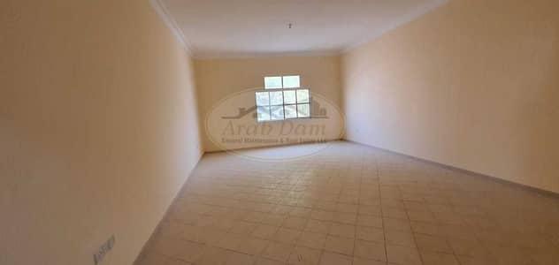 فیلا 7 غرف نوم للبيع في المشرف، أبوظبي - Good offer for sale - 2 Villa for sale in Al Mushrif area - each villa 7 bedrooms - Maid's room - Good location