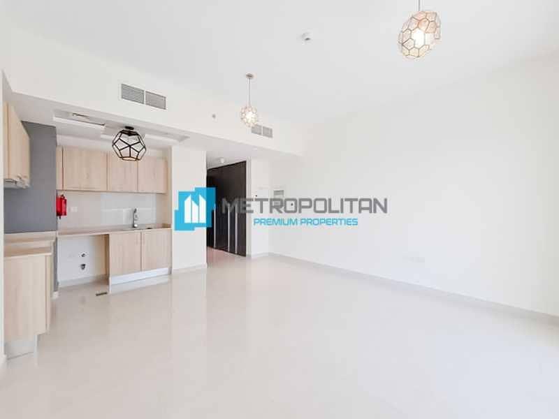 Spacious Studio   Modern and Bright   High Floor