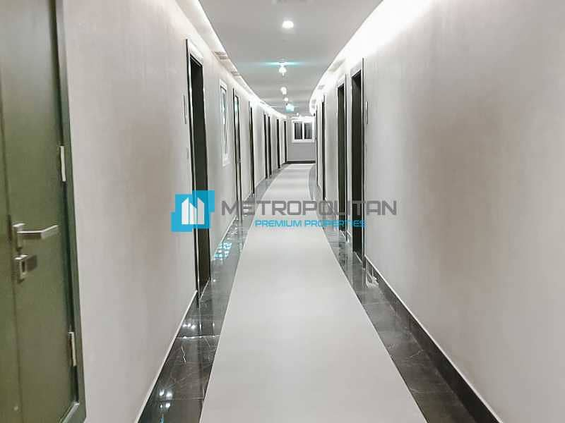 12 Spacious Studio   Modern and Bright   High Floor