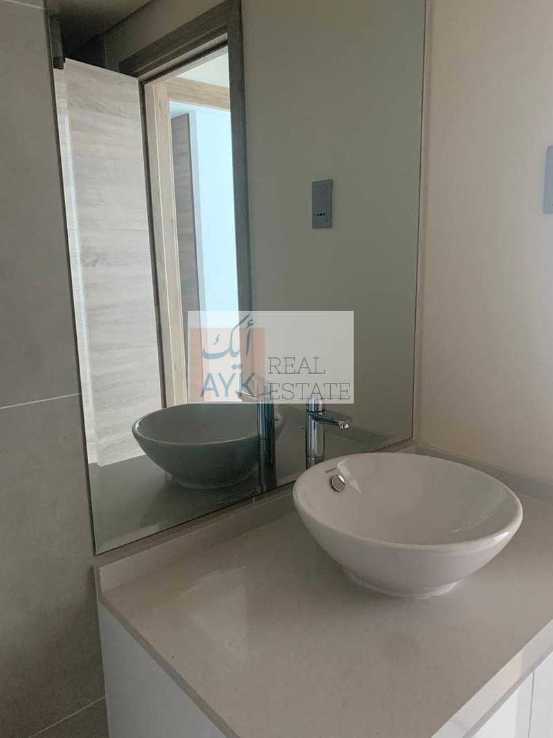 2 2BR FOR SALE / NEW BUILDING  / MARINA