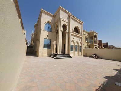 5 Bedroom Villa for Sale in Al Mowaihat, Ajman - Wonderful villa with Stone face for sale in Al Mowaihat