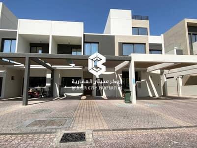 فیلا 3 غرف نوم للبيع في المطار، أبوظبي - A Perfect and Modern Family Home To Live In