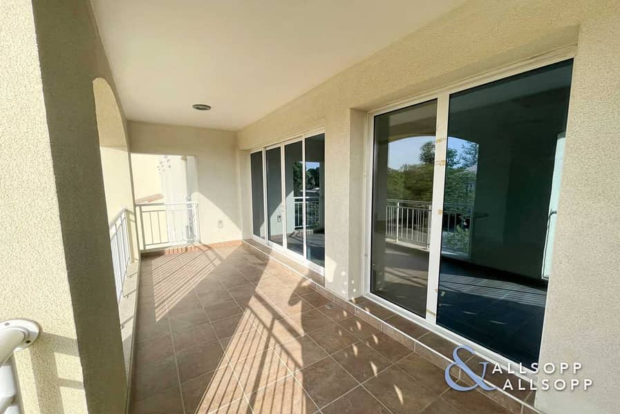 13 Large 2 Bedrooms | Balcony | 1679 Sq. Ft.