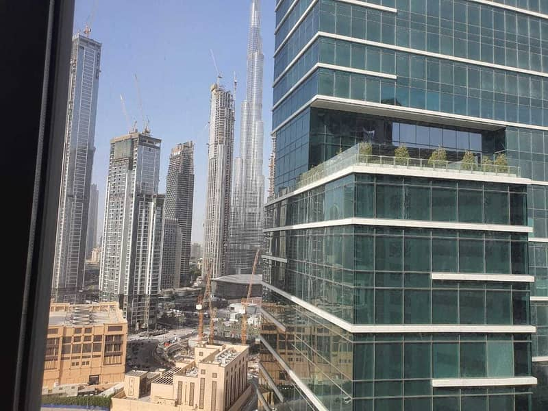 9 BURJ View  4 Car Park   Fully Fitted   Partitioned  Near Metro  Washroom+Pantry