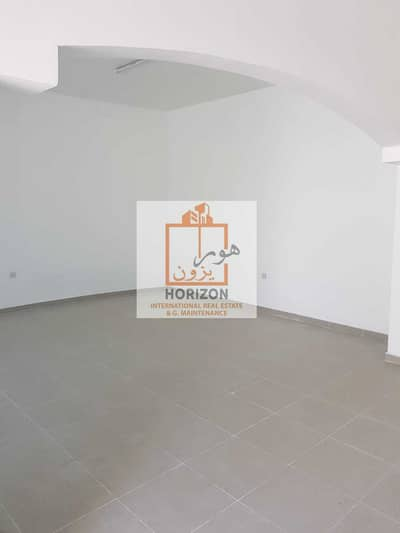 5 Bedroom Villa for Rent in Mohammed Bin Zayed City, Abu Dhabi - Detached villa in a prime location