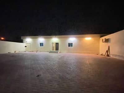4 Bedroom Villa for Rent in Musherief, Ajman - Villa for rent in Ajman, Mushairif area, ground floor, very clean house, with air conditioners, large areas, excellent location