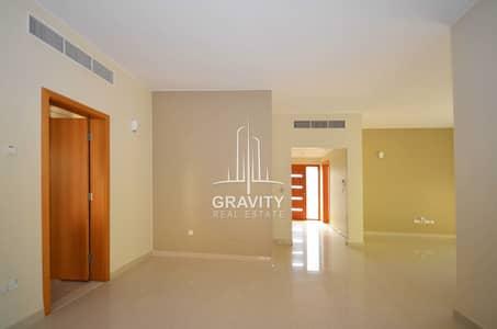 فیلا 4 غرف نوم للايجار في حدائق الراحة، أبوظبي - Vacant 4 Bedroom Villa in Abu Dhabi