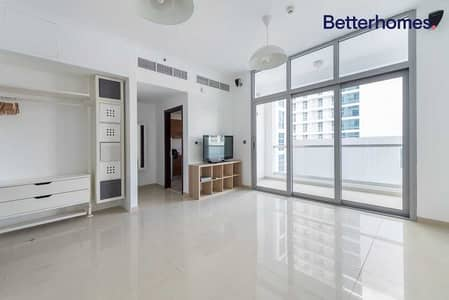 استوديو  للبيع في دبي مارينا، دبي - Vacant Spacious| Close Kitchen| With balcony