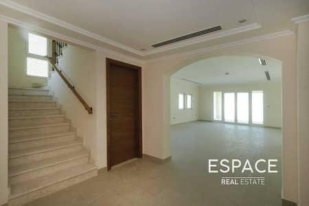 3 Bedroom Villa for Rent in Jumeirah Park, Dubai - Clean - Close to Local Aminities - Quiet Location