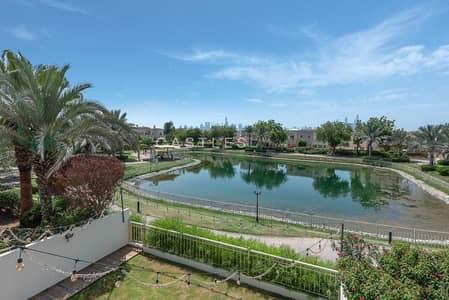 فیلا 3 غرف نوم للبيع في الينابيع، دبي - Exclusive Fully Upgraded l Lake View Type 1M