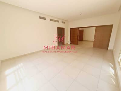 5 Bedroom Villa for Rent in Khalifa City A, Abu Dhabi - Vacant w/ Private Pool/ Closed Kitchen