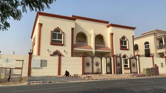 فیلا 8 غرف نوم للبيع في حوشي، الشارقة - للبيع فيلا في امارة الشارقة منطقة الحوشي