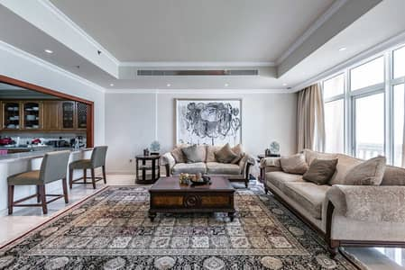 5 Bedroom Flat for Sale in Palm Jumeirah, Dubai - Direct Sea View   Luxurious 5 Bed Duplex
