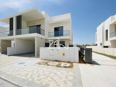 تاون هاوس 3 غرف نوم للايجار في جزيرة ياس، أبوظبي - Corner Single Row TH Type EB with Lovely Garden