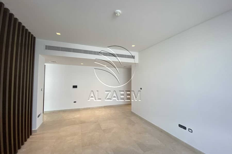 2 Upscale Living In Yas Acres   Facing  Golf Course View