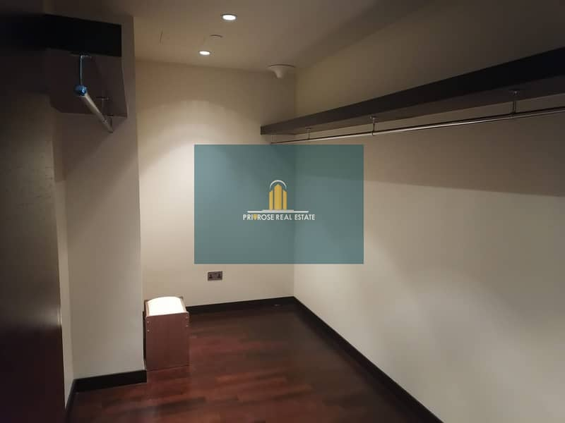 2 High Floor   Unfurnished   Spacious Apartment