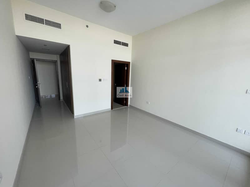 2 NEW BUILDING !!  2/BR WITH LAUNDRY !! FULL BALCONY