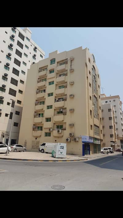 Building for Sale in Al Nabba, Sharjah - For sale   building  G + 6   Al Nabaah  Are  plot size  3486 sqft