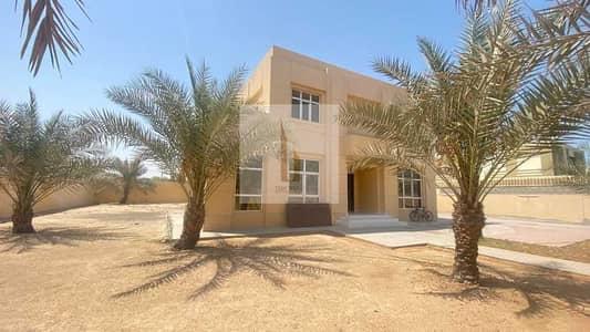5 Bedroom Villa for Rent in Al Barsha, Dubai - AMAZING 5BR NEW AC INSTALLED W/ HUGE GARDEN