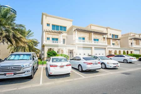Office for Rent in Al Bateen, Abu Dhabi - High Standards   Office with Full Kitchen