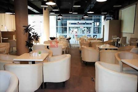 محل تجاري  للايجار في القرهود، دبي - Furnished Restaurant Plus Sheesha Space For Lease