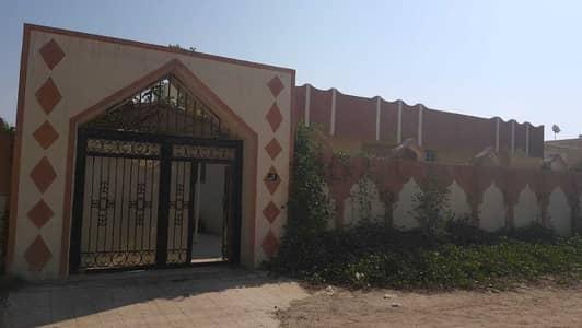 5 Bedroom Villa for Rent in Al Ghafia, Sharjah - Hot Deal!!! Very Spacious 10,000 Sqft 5 Bhk Villa In Al Ghafia 50k Only