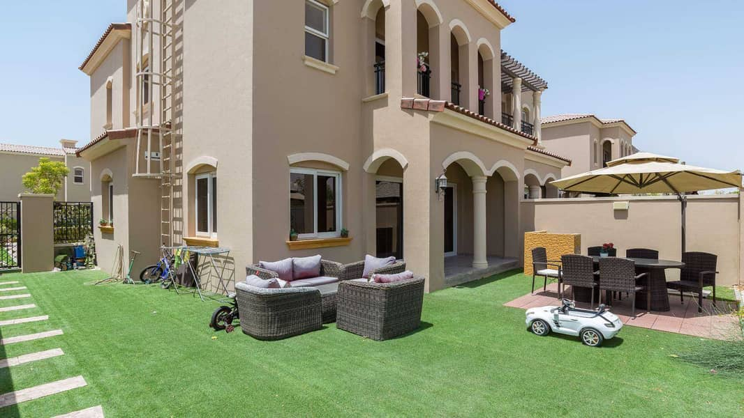 17 Exclusive Type A with Views over Park and Pool