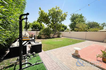 2 Bedroom Villa for Sale in The Lakes, Dubai - Rare Property   Large  Plot   Must See