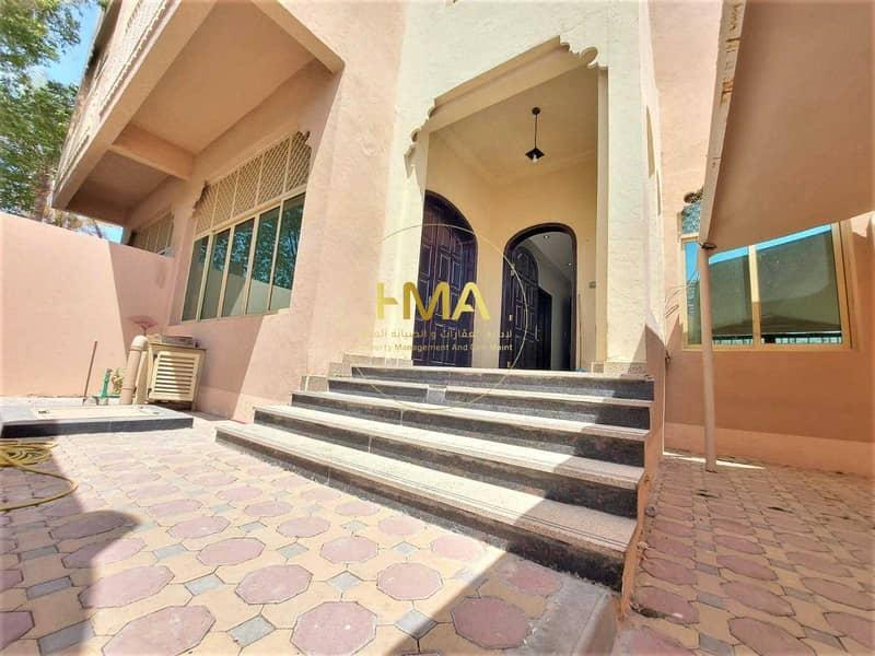 separated villa- barking for 1 car- Al Karama