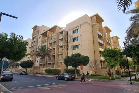 1 Bedroom Flat for Sale in The Greens, Dubai - EXCLUSIVE AMAZING 1BR WELL MAINTAINED UNIT IN GREENS POOL VIEW