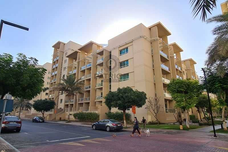 EXCLUSIVE AMAZING 1BR WELL MAINTAINED UNIT IN GREENS POOL VIEW