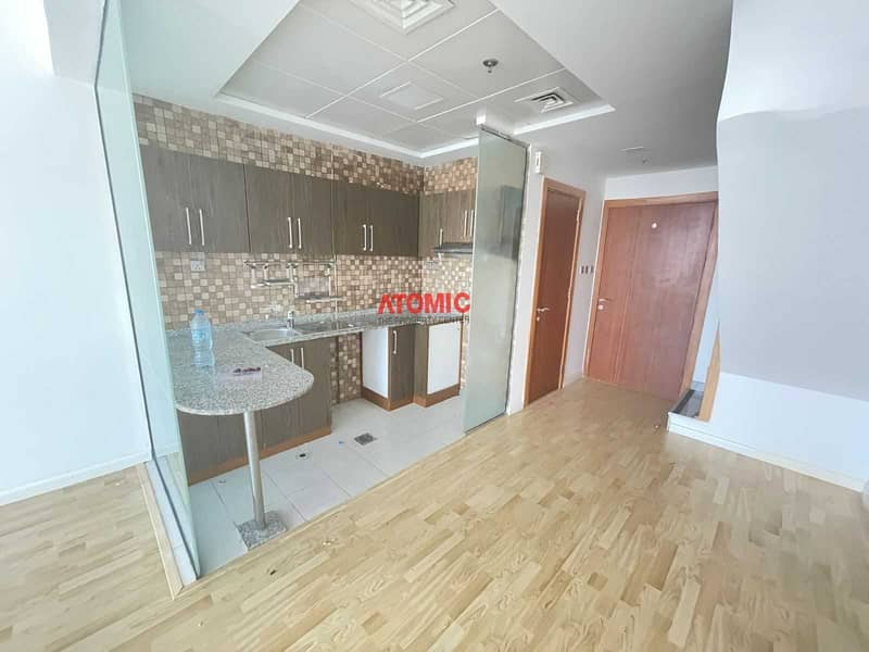 2 Chiller Free!1 Bedroom! Penthouse