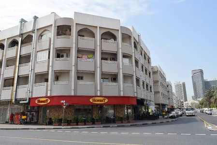 Warm and Charming 2 BHK in karama for 75k