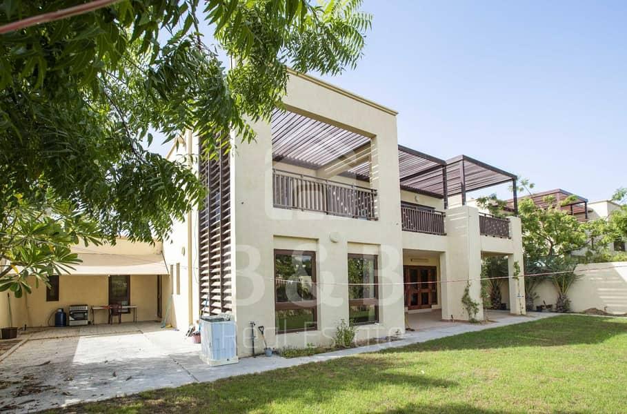 Luxury Furnished 4 BR Granada Villa - Garden View