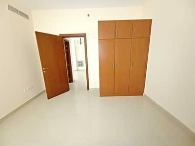 شقة 2 غرفة نوم للايجار في تجارية مويلح، الشارقة - شقة في بناية الحور تجارية مويلح 2 غرف 36000 درهم - 5400670
